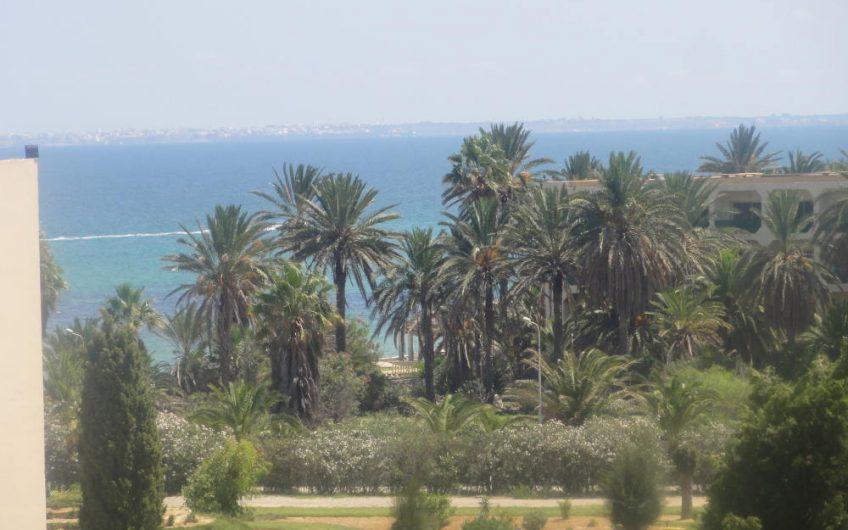 Un Beau Appartement à la Zone Touristique Khezama Est