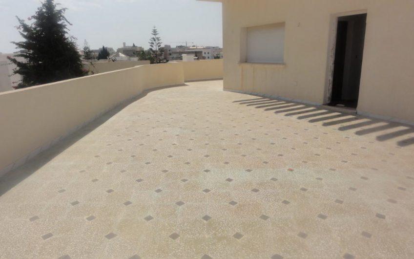 Une Etage de Villa Haut Standing à Hammam Sousse