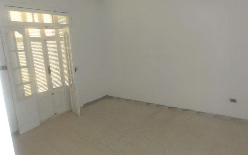 Un Appartement S3 Non Meublé à Sahloul