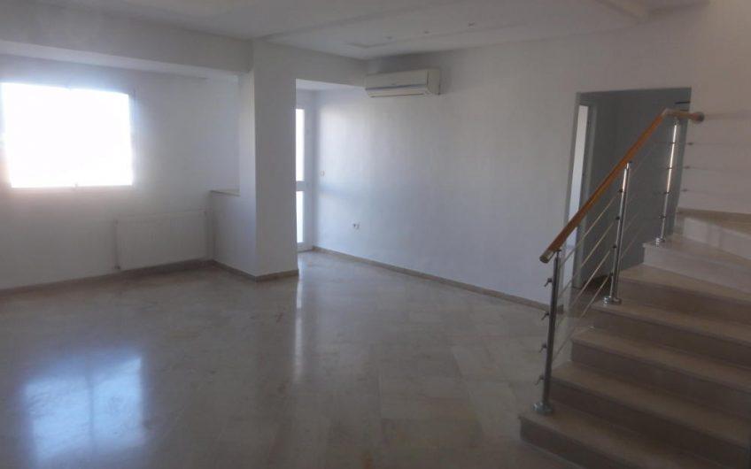 Un Duplex Haut Standing à Khzama Est