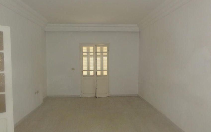Un Appartement  à Khezama Ouest